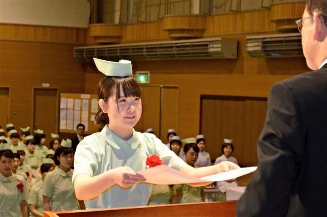 看護学校2校で卒業式