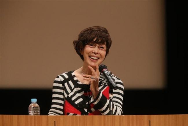 平野レミさん「愛情いっぱいのご飯を」 SALA講演会
