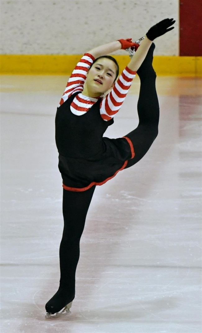 石田小雪4連覇、全十勝フィギュア競技大会シニア女子