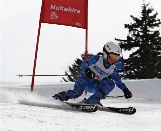 加藤、早坂V 勝毎杯帯広市民スキー大会