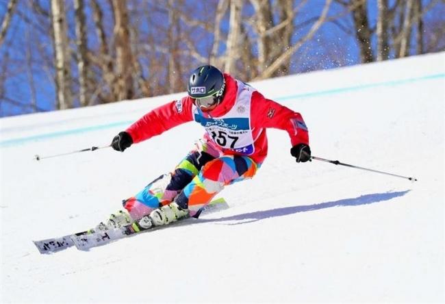 比留間5位入賞 全日本ジュニアスキー技術選手権
