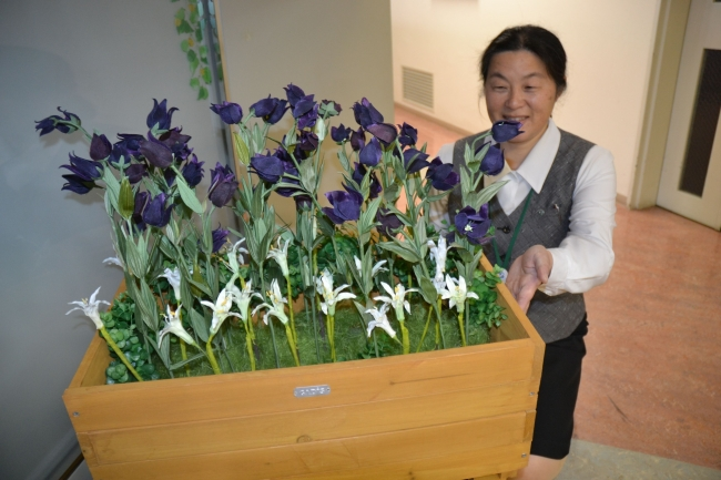 市の花「クロユリ」を広めよう 帯商が市街地植栽へ