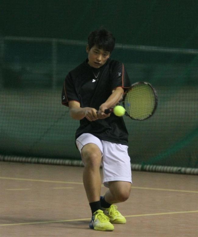 本間健闘も予選1R敗退 十勝オープンテニス