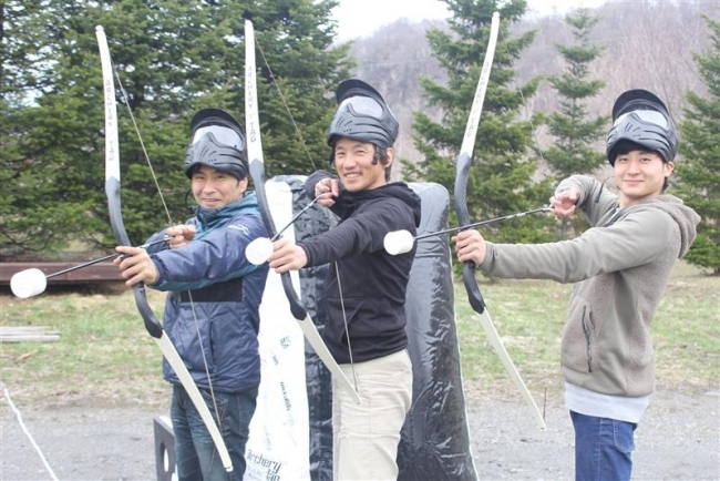 いざ新得! 弓で対戦 アーチェリー・タグ大会 来月6日開催、参加募集