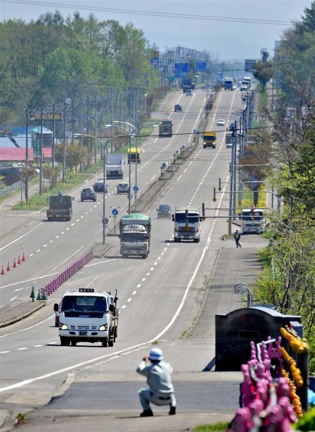 芽室坂4車線に復旧 台風後に規制 国道38号 9カ月ぶり