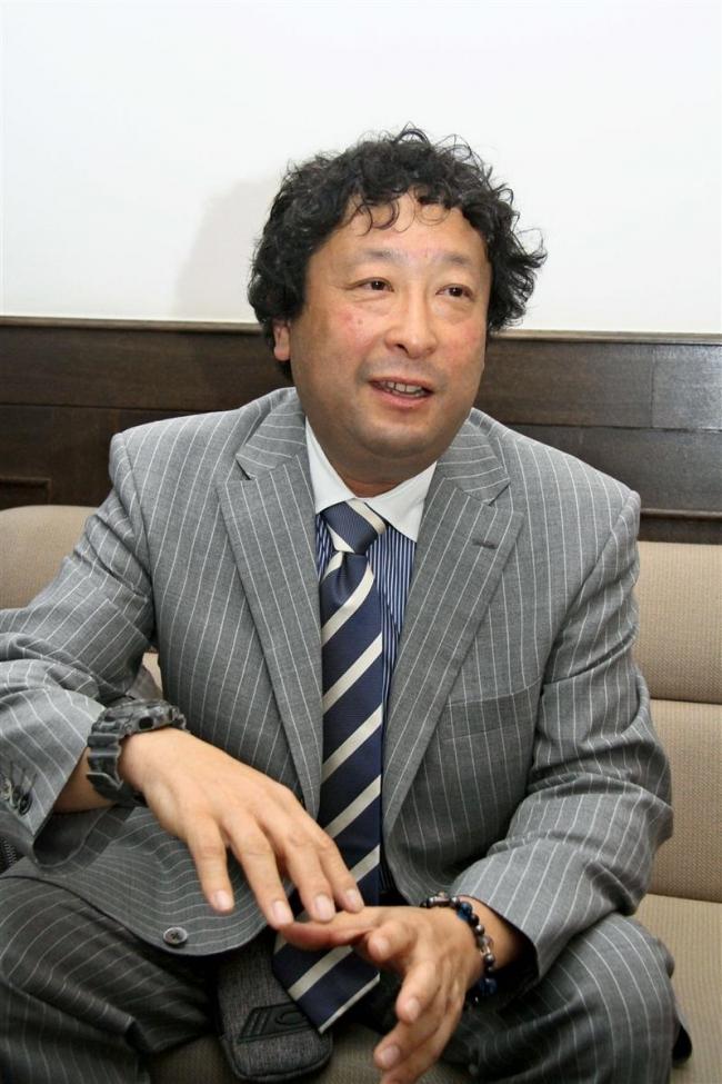 清水宏保さん自動車レース参戦へ 7月開催のVitzレース