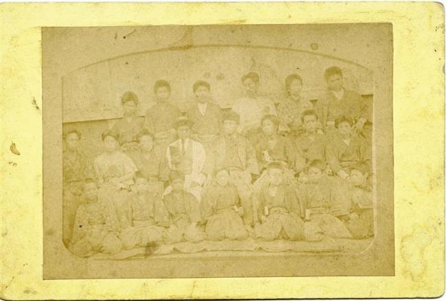 勉三の末弟 初の写真 百年記念館で発見