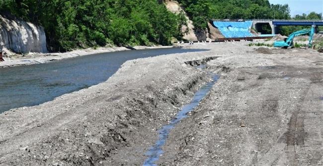 芽室川 進む復旧工事