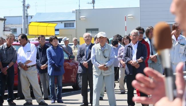 福祉や農業 舌戦火花 2候補が遊説開始 中札内村長選