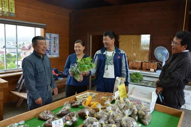 浦幌で直売所研修 モンゴル農業青年ら2人