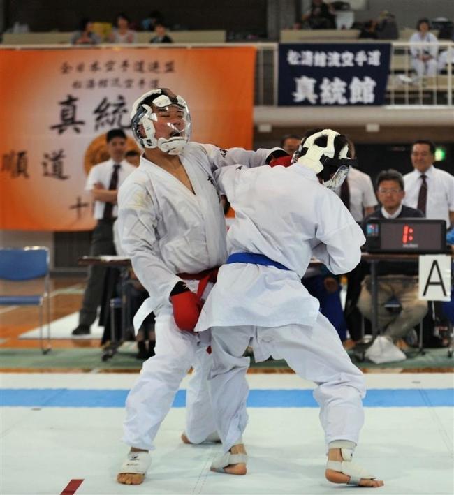 少年男子組手山田2V、形佐藤V 全十勝空手道選手権