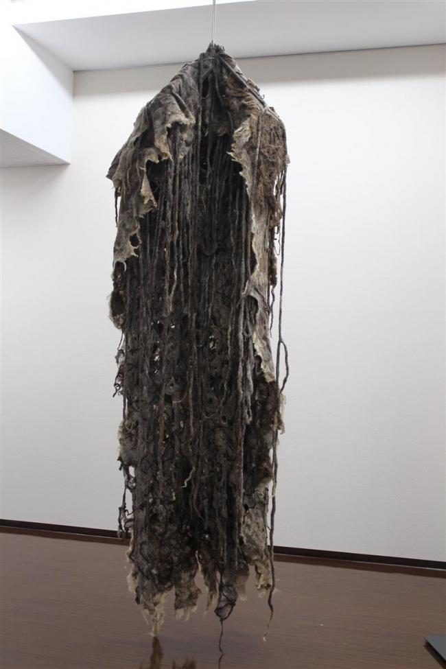協会賞に中札内の村上さん 羊毛つむいで「樹木の外套」