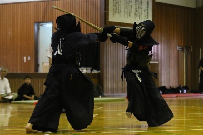 帯翔陽男子初V、共栄女子3連覇 全十勝中体連剣道