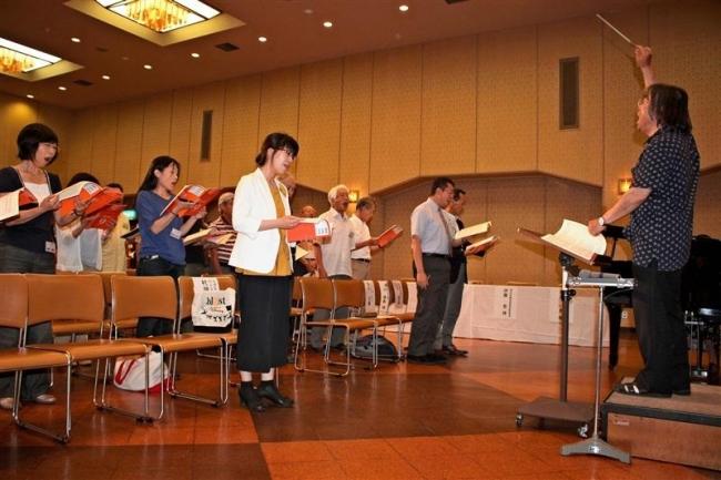 復興願い練習開始 清水・ペケレベツ合唱団が結団式