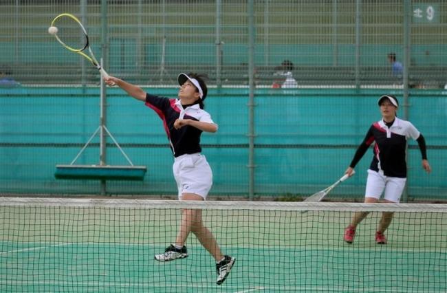北原・高野組一般女子初V、道招待ソフトテニス