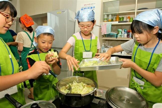 村の食材で給食づくり 中札内で道学校給食会