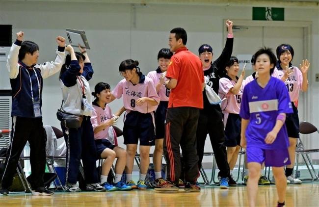 帯三条女子全国初勝利 高校総体ハンドボール1回戦