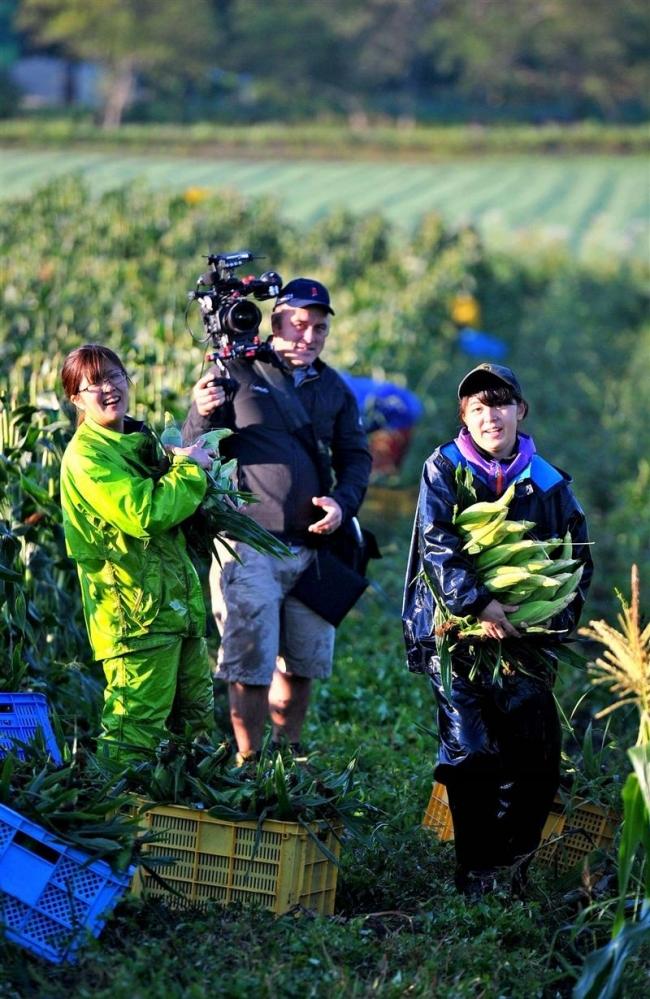 十勝の農業を世界に紹介 米CNNがガールズ農場を取材