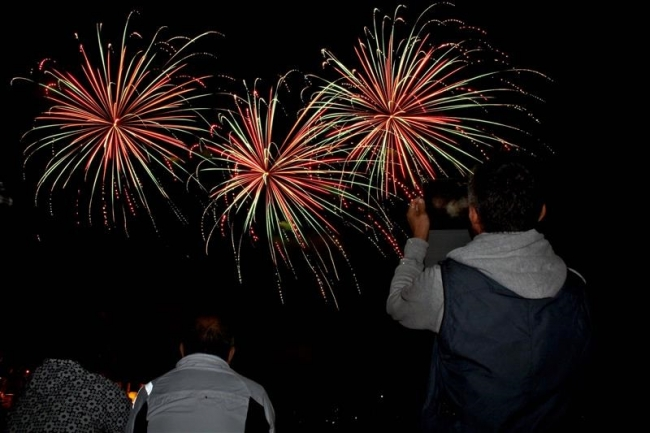 4000人が花火楽しむ 新得「輝一夜」