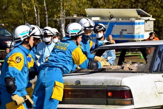救助の動作確認 陸別・総合防災訓練 町民も見学