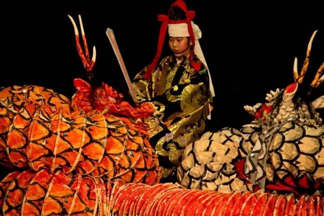伝統芸能「石見神楽」披露 中札内上札内小児童