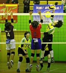 帯広ウェストジュニアA2連覇 石井杯市小学バレー