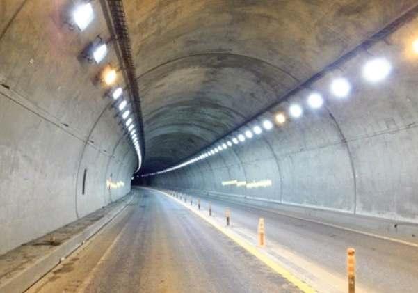 道東道トンネルLED化 明るく安全向上期待 20年度から
