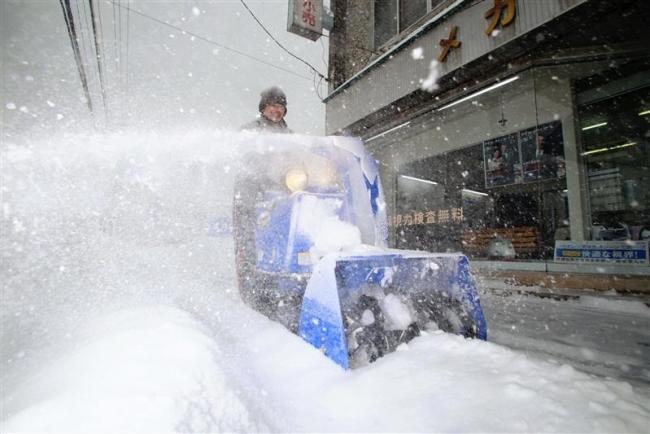 広尾41センチ、帯広32センチ 十勝地方の大雪 1日午後5時