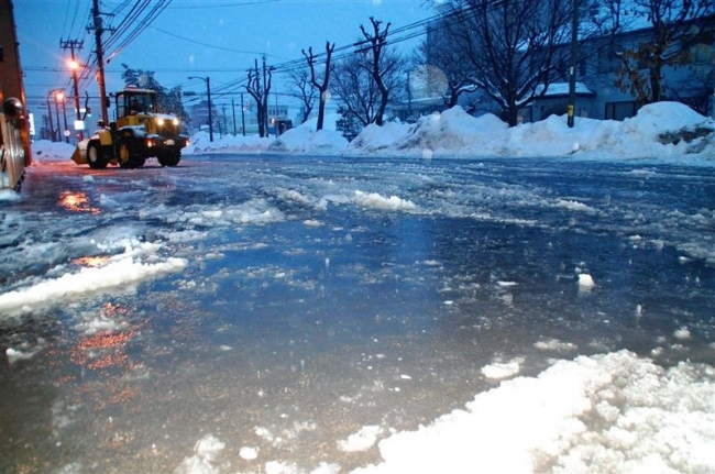 融雪による浸水や雪崩注意 広尾8・4度 測候所が気象情報