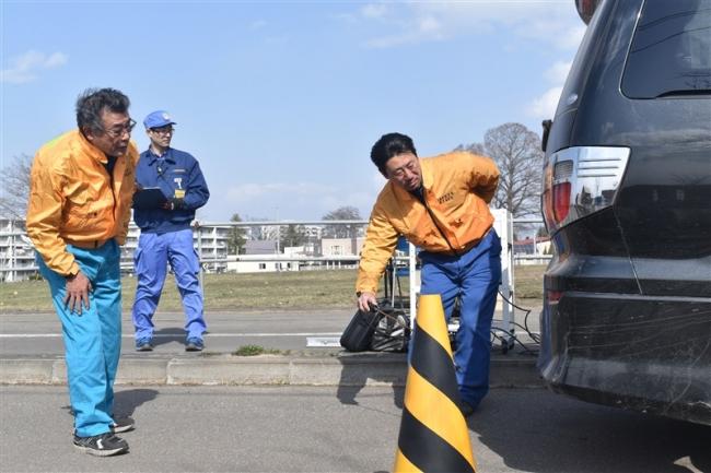 車の点検・整備呼び掛け 運輸局が街頭啓発