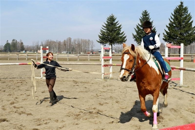 約50人が乗馬の楽しさを体験 十勝乗馬連盟講習会