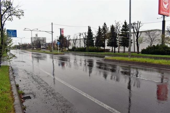 歩行者はねられ死亡 運転のアルバイト男性を現行犯逮捕