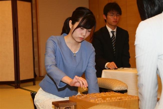帯広出身の渡部愛女流二段が挑戦 将棋第29期女流王位戦始まる