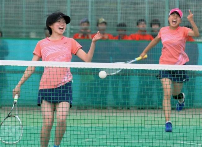 帯農男子、帯緑陽女子団体戦V高体連ソフトテニス予選