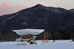 きょう大寒、管内冷え込み厳しく 糠平湖に「キノコ氷」  3