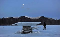 きょう大寒、管内冷え込み厳しく 糠平湖に「キノコ氷」  5