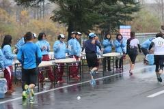 沿道の声援背に楽しく フードバレーマラソン  写真4