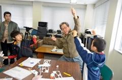 紙飛行機作りに夢中 大樹SORAオープニングイベント 3