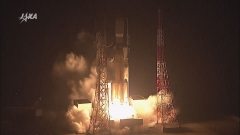 「こうのとり」6号機の打ち上げ2(12月9日、JAXA提供)