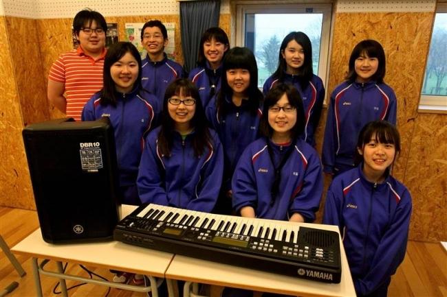 寄付金で機器購入 中札内中吹奏楽部 村内男性、毎月1万円寄付