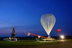 新型ロードテープで放球 JAXA大気球実験 2