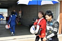レース後に笑顔を見せる清水さん
