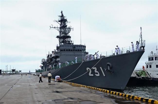 海自護衛艦おおよど入港 広尾