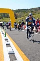秋風感じ駆け抜ける 陸別小利別ICで自転車イベント 6