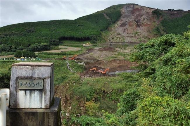 火の国再興~熊本地震被災地から(中)「『玄関口』の橋が消えた-南阿蘇村」