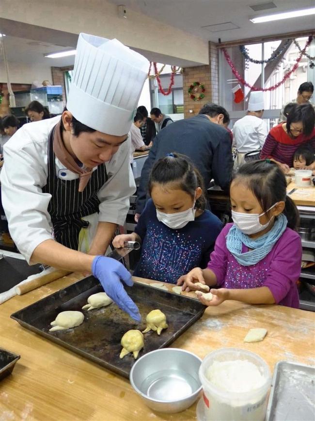 学校祭で十勝PR 都内の香川調理製菓専門学校