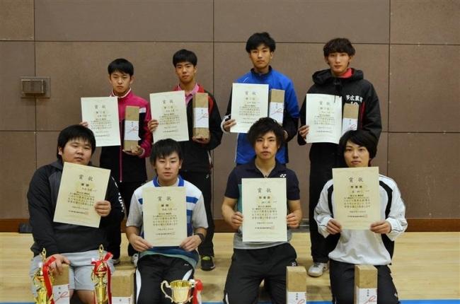高嶋・大内組Vソフトテニス勝毎杯全十勝男子室内大会