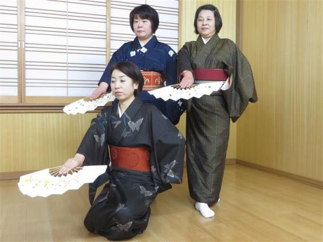 10日に藤寿会第30回日舞カラオケ歳末チャリティー