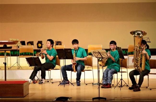 部員4人で熱演 清水高吹奏楽部定演 来春まで2年生1人
