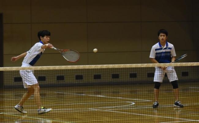 西川・那須組制す 全十勝高校インドアソフトテニス